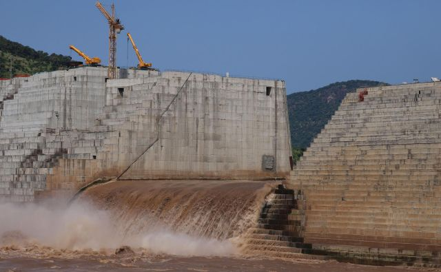 Nadzor nad pretokom reke bo zdaj večinoma v rokah Etiopije. FOTO: Tiksa Negeri/Reuters