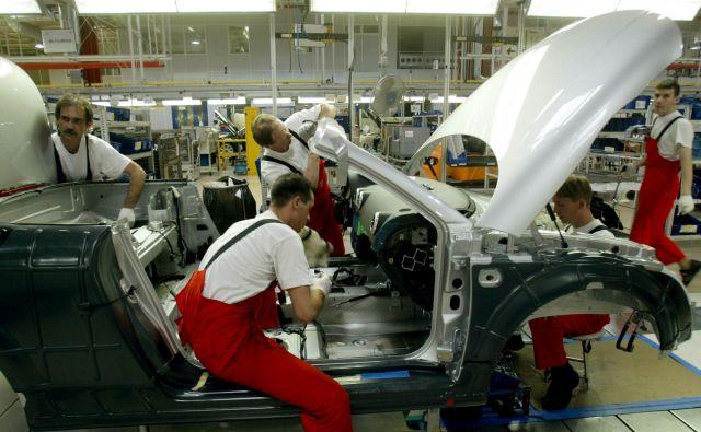 Slovenskim dobaviteljem se v avtomobilski industriji še vedno ponujajo priložnosti na več trgih srednje in vzhodne Evrope.<br /> FOTO: Laszlo Balogh/Reuters
