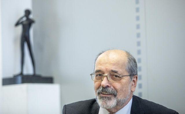 »Imamo programski načrt, ki ni pokrit v finančnem načrtu,« je dejal Igor Kadunc po tem, ko sta prejšnji teden predloga finančnega in programskega načrta nasedla na programskem svetu. FOTO: Voranc Vogel/Delo