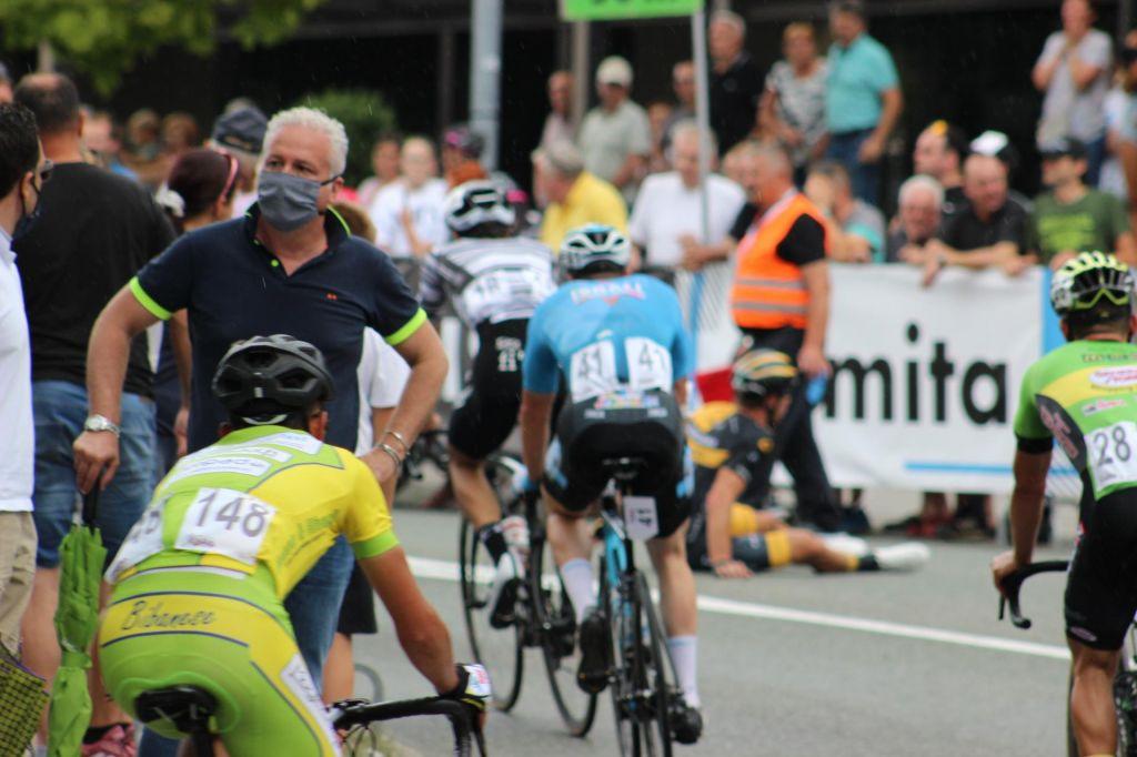 FOTO:Po kolesarskih stezah in cestnem pohištvu se dežela prepozna