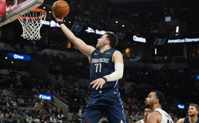 Prvi zvezdnik Dallasa Luka Dončić bo šel v nadaljevanje sezone v NBA v odlični formi. FOTO: USA Today Sports