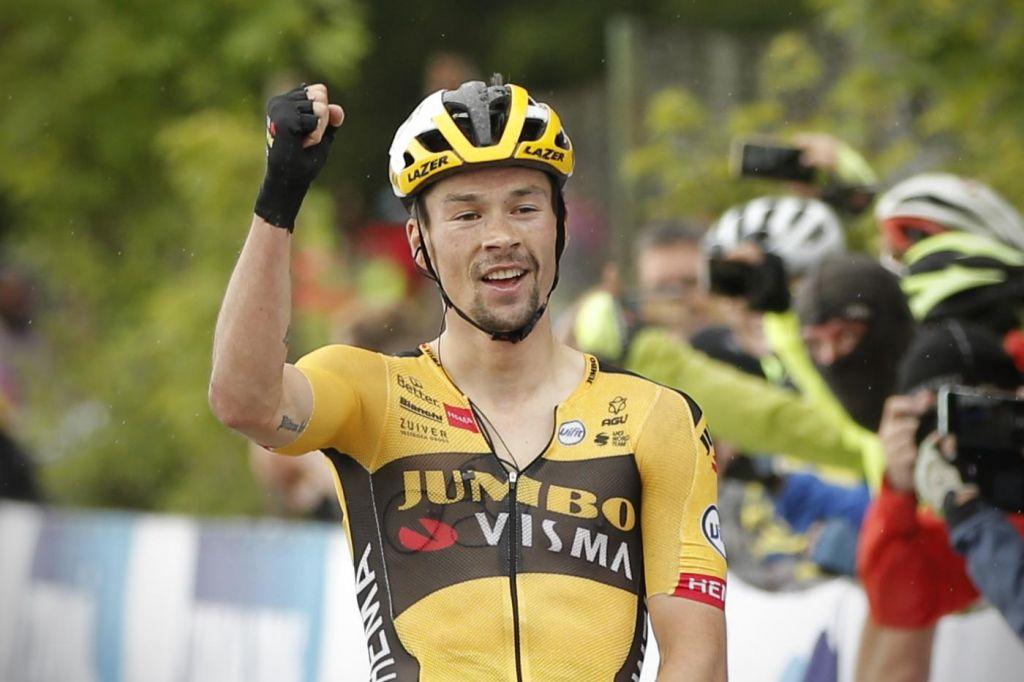 FOTO:Kdo bo bolj vztrajen, kolesarji ali koronavirus?