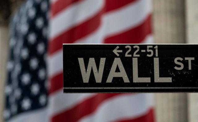 Ameriško gospodarstvo je doživelo daleč najhujši padec po drugi svetovni vojni, vse odkar se spremljajo četrtletni podatki o rasti. FOTO: Johannes Eisele/AFP