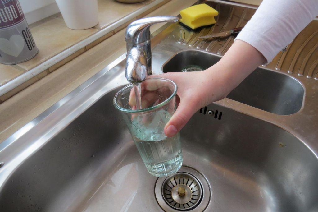 V Anhovem še velja prepoved uporabe vode