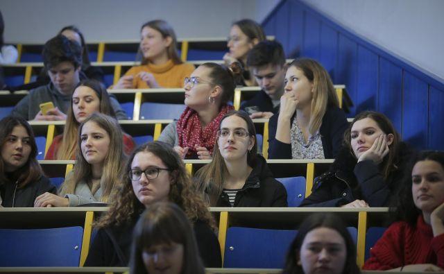Slovenija je bila po raziskavi Asher & Lyric najbolj uspešna pri izobraževanju. Foto Blaž Samec