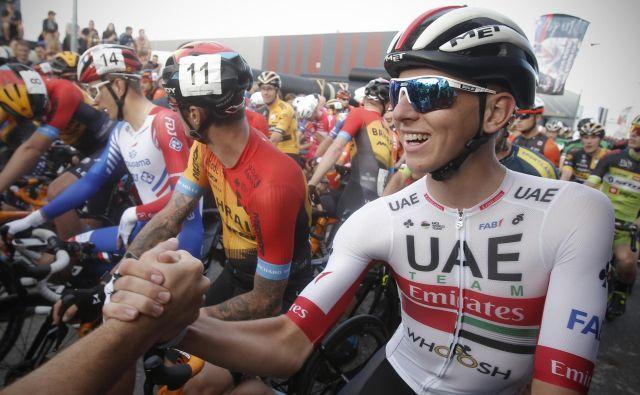 Tadej Pogačar meri visoko na prvi dirki svetovne serije po koronski prekinitvi. FOTO: Jure Eržen/Delo