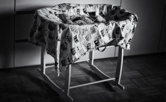 Zibka, ki sva jo imela v stanovanju med nosečnostjo, naju je navdajala z veseljem in optimizmom. FOTO: Dejan Mijović/Delo