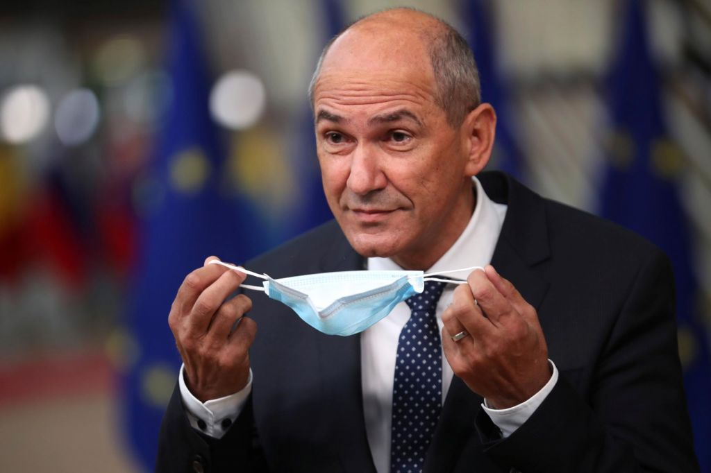 FOTO:V kabinetu predsednika vlade potrdili okužbo s koronavirusom