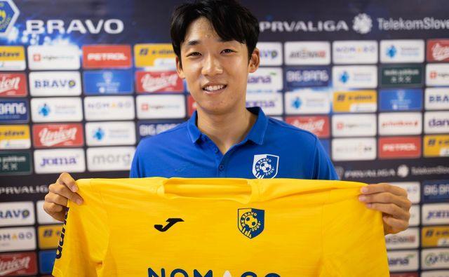 Za Bravo bo prvič igral južnokorejski nogometaš Chanwoo Kim. FOTO: NK Bravo