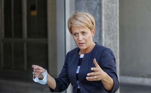 Ne le javnost, tudi poslanska skupina Desus od Pivčeve zahteva pojasnila. FOTO: Blaž Samec/Delo