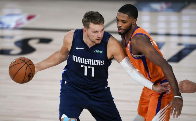 Luka Dončić se je tudi v končnici tekme trudil s prodori in iskal koš, toda Dallasu to ni pomagalo do nove zmage. FOTO: Ashley Landis/USA Today Sports