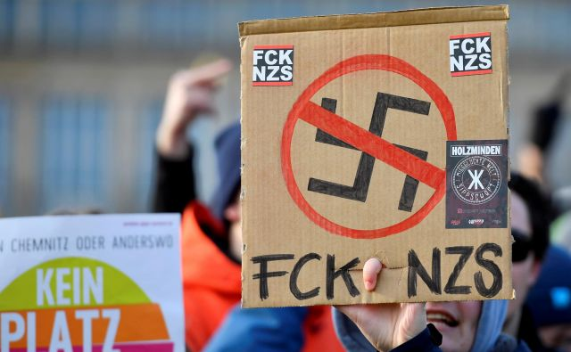 Skrajni desničarji v vojski in policiji so vse večji problem. Foto Matthias Rietschel/Reuters