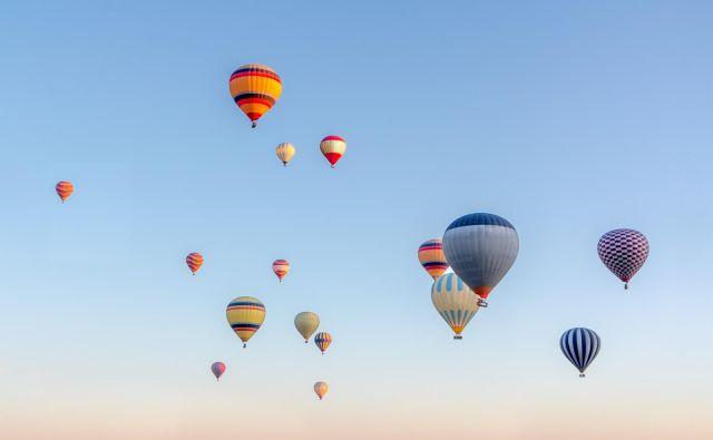 Knjiga <em>Lege življenja</em>, se začne s pionirji zrakoplovstva in človekovim večnim hrepenenjem po svobodi. FOTO: Shutterstock