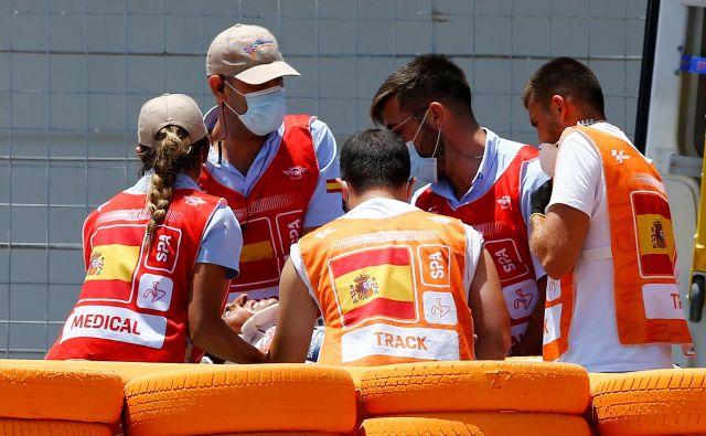 Marc Marquez se je poškodoval na uvodni dirki v Jerezu. FOTO: Marcelo Del Pozo/Reuters