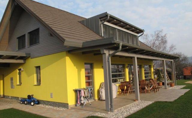 Redki so primeri, ko oblika, velikost in lega parcele omogočajo optimalno izrabo sončne energije. FOTO: Bojan Žnidaršič