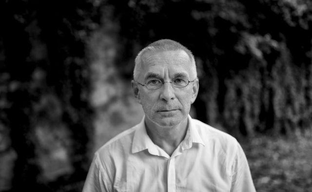 Filozof Zdravko Kobe je v slovenščino prevedel Kantovo <em>Kritiko čistega uma</em>. FOTO: Blaž Samec