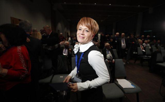 Aleksandra Pivec, nova predsednica stranke DeSUS se neprestano zapleta v škandale. FOTO: Vidic Leon/Delo