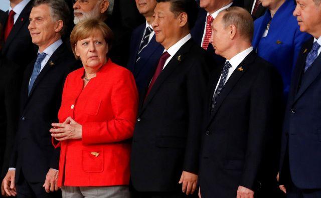 Za Nemčijo so kljub Trumpu ZDA glavne zaveznice, a spori ZDA s Kitajsko in Rusijo postavljajo državo v nehvaležen položaj.   Foto Wolfgang Rattay/Reuters