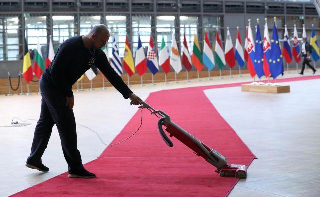 Ključni izziv, pred katerim so danes države članice, je, kako dodeljena sredstva čim bolj učinkovito uporabiti. FOTO: Yves Herman/Reuters