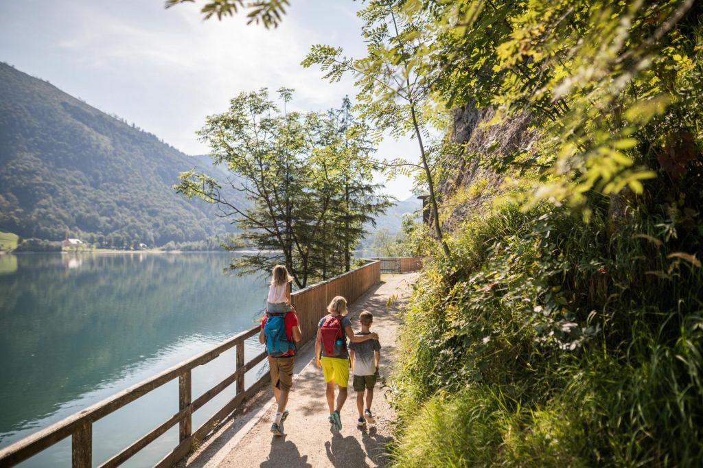 FOTO:Na Salzburškem: In svizec neutrudno drsi skozi rokave