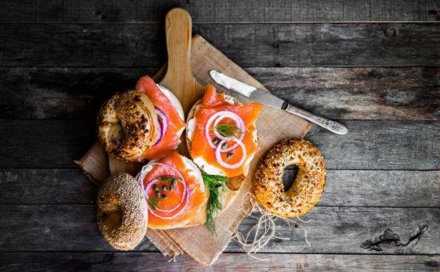 Ne pozabite: sendviči ljubijo zelenjavo, zato je ne hranite za kdaj drugič. Pa čim manj sira. FOTO: Shutterstock