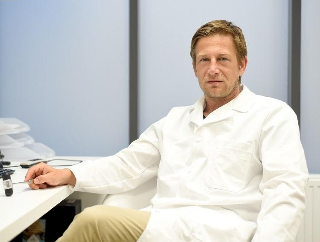 Poslovil se je ortopedski kirurg Matevž Gorenšek