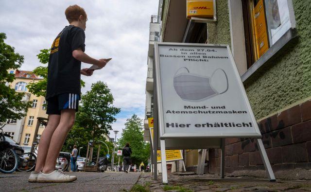 59 odstotkov Nemcev meni, da so aktualni ukrepi proti širjenju virusa ustrezni, 28 odstotkov bi jih ukrepe zaostrilo.Foto: John Macdougall/Afp