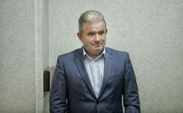 Okoljski minister Andrej Vizjak se je pred dnevi odločil, da zaradi pomanjkanja denarja neodvisne revizije razvpitega ljubljanskega projekta kanal C0 ne bo. FOTO: Blaž Samec/Delo