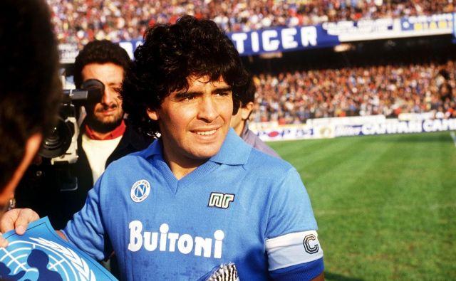 Diego Maradona je popeljal Napoli do dveh naslovov italijanskega prvaka v letih 1987 in 1990, italijanskega pokala 1987 in pokala UEFA 1989. FOTO: Reuters