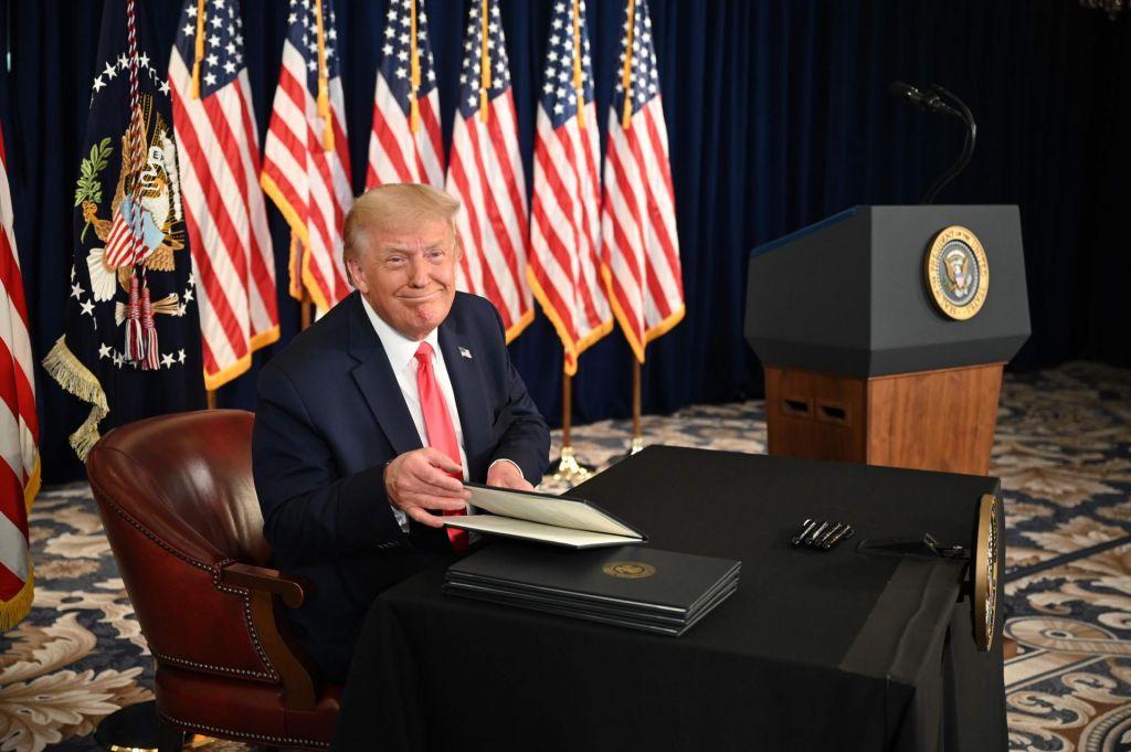 Trump bo sam reševal Američane pred krizo