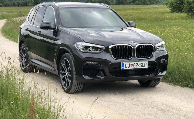 Testni primerek priključnega hibrida BMW X3 Foto Aljaž Vrabec