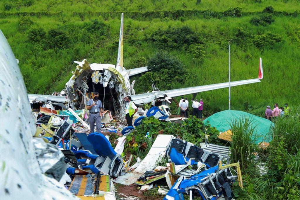 V nesreči potniškega letala najmanj 18 mrtvih