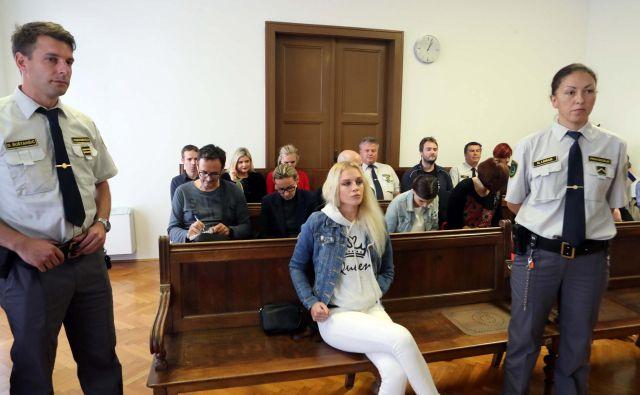 Juliji Adlešič očitajo, da si je roko odrezala, da bi dobila visoko odškodnino. FOTO: Igor Mali