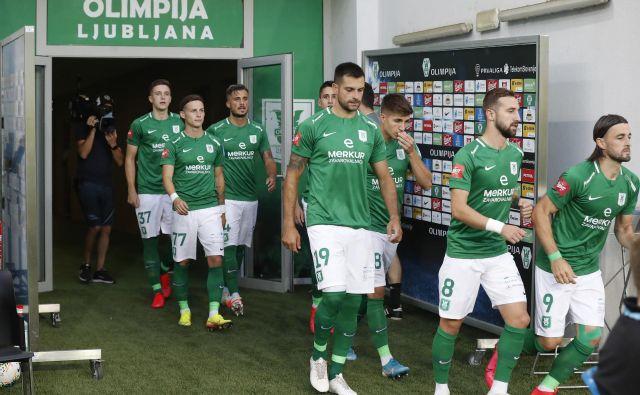 Malokdo ve, v kakšni podobi bo pritekla na stožiško zelenico enajsterica Olimpije v četrtek zvečer (19), ko bodo gostovali v Ljubljani nogometaši Gorice. FOTO: Leon Vidic