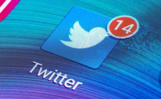 Tviter v Sloveniji: »štala«, ki je preprosto ni več mogoče pospraviti. FOTO: Edaccor/Shutterstock