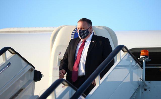 Pred napovedanim obiskom Slovenije se bo ameriški državni sekretar Mike Pompeo danes ustavil na Češkem. Foto Hannah Mckay/Reuters