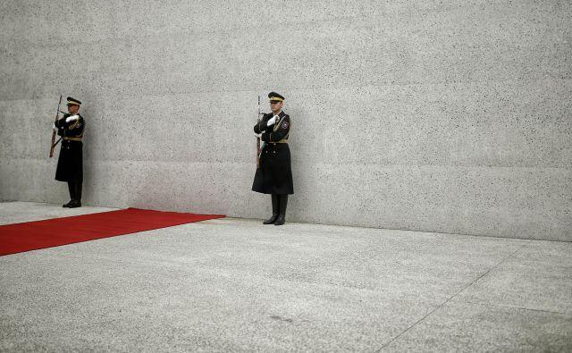 S počastitvijo žrtev totalitarnih sistemov so pri nas ves čas težave. FOTO: Blaž Samec/Delo