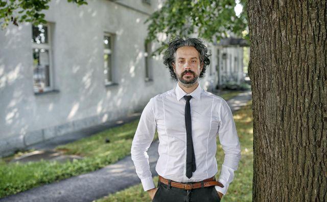 Mario Fafangel je prepričan, da stroka pri uvajanju cepiva proti novomu koronavirusu ne bo prezrla varnosti. FOTO: Blaž Samec