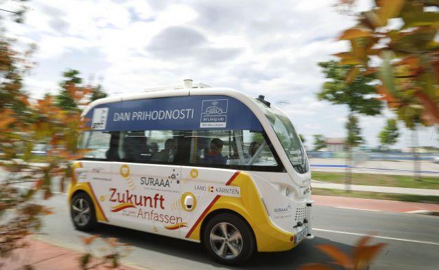V Sloveniji smo imeli pred dvema letoma priložnost preizkusiti vožnjo z avtonomnim vozilom. FOTO: Leon Vidic/Delo