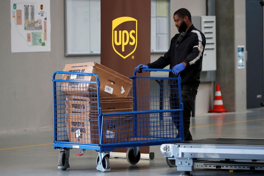 UPS je odlično izkoristil epidemijo