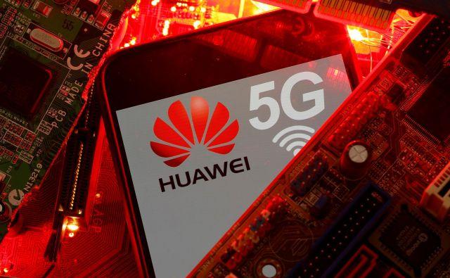 Kitajski je preostalo le še forsiranje Huaweia kot graditelja infrastrukture za omrežje 5G. FOTO: Dado Ruvić/Reuters