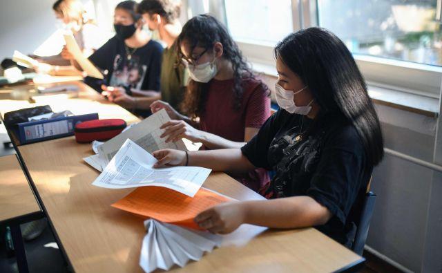 Na Saškem so se odločili, da bodo zaradi malo primerov okužbe odločitev o nošenju mask prepustili ravnateljem.Foto: Ina Fassbender/Afp