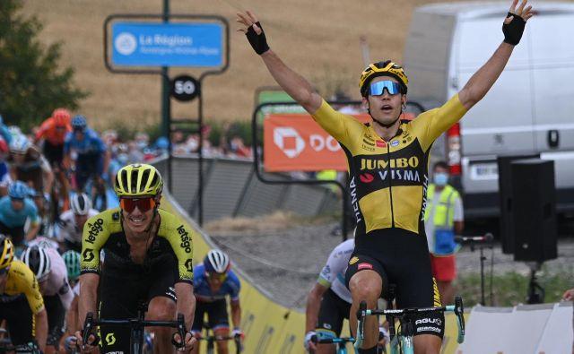 Wout van Aert je s prepričljivo zmago okronal premoč ekipe Jumbo Visma. FOTO: Anne-Christine Poujoulat/AFP