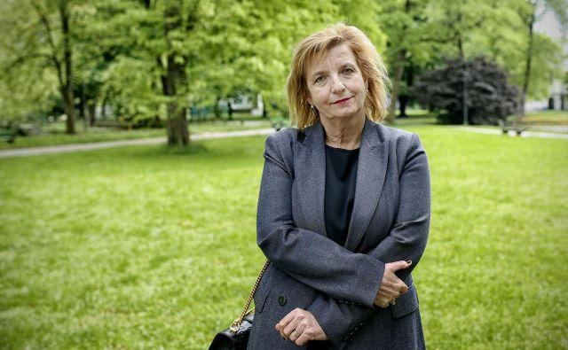 Bojana Beović meni, da bi bila lahko jeseni ob morebitnem porastu okužb potreba po hitrih testih lahko večja. FOTO: Blaž Samec/Delo