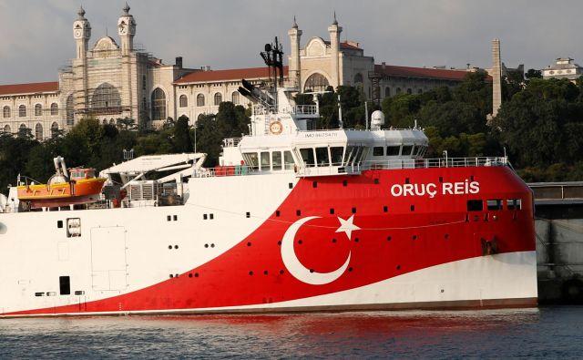 Turška raziskovalna ladja Oruc Reis Foto Murad Sezer/Reuters