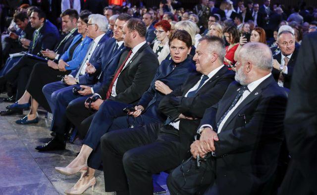 Alenka Bratušek in Zdravko Počivalšek sta se srečala in pogovarjala o »marsičem«. FOTO: Uroš Hočevar