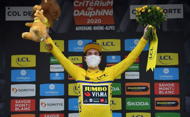 Primož Roglič je na kriteriju Dauphine oblekel rumeno majico. FOTO: Justin Setterfield/AFP