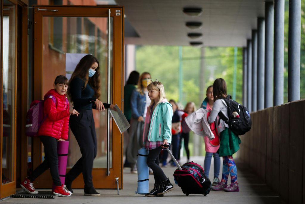 V pričakovanju odločitve vsi upajo na odprte šole