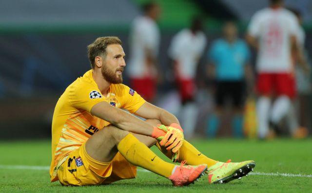 Vratar Jan Oblak je bil po porazu Atletica vidno razočaran. FOTO: Miguel A. Lopes/Reuters