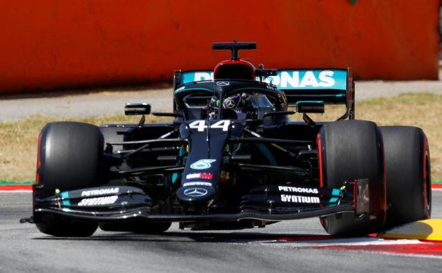 Lewis Hamilton je bil najhitrejši v kvalifikacijah. FOTO: Alejandro Garcia/Reuters